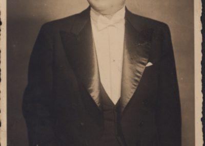 Ahmet Hamdi Tanpınar (44)